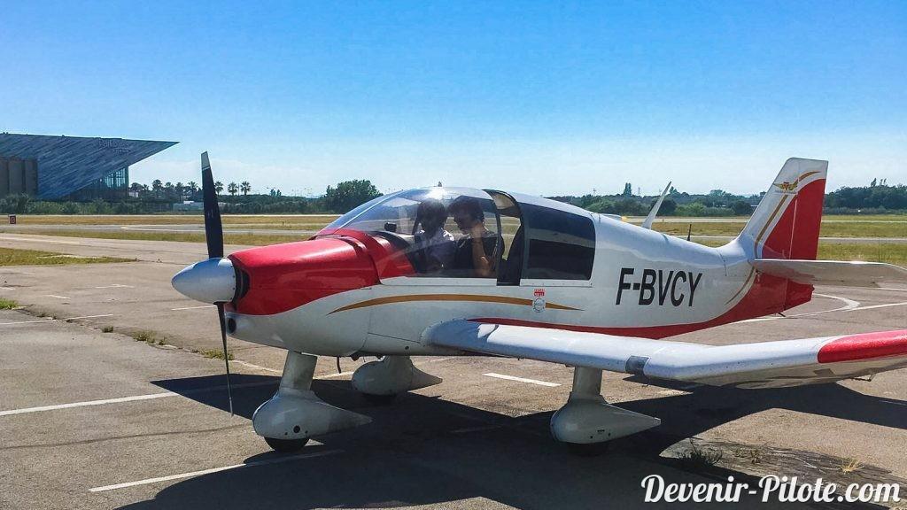 Premier vol de Romain dans notre DR400 F-BVCY