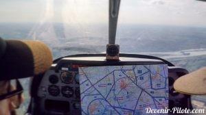 Navigation aérienne de Montpellier vers Avignon LFMV avec carte SIA 1/250000