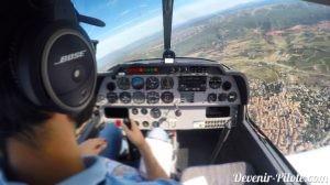 Vertical Villeveyrac pendant un vol local solo en DR400