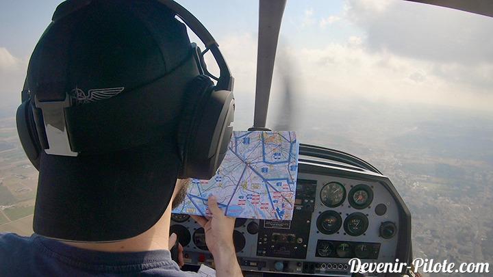 élève pilote PPL en vol solo perdu en mauvaise meteo avec une carte SIA dans un avion DR400